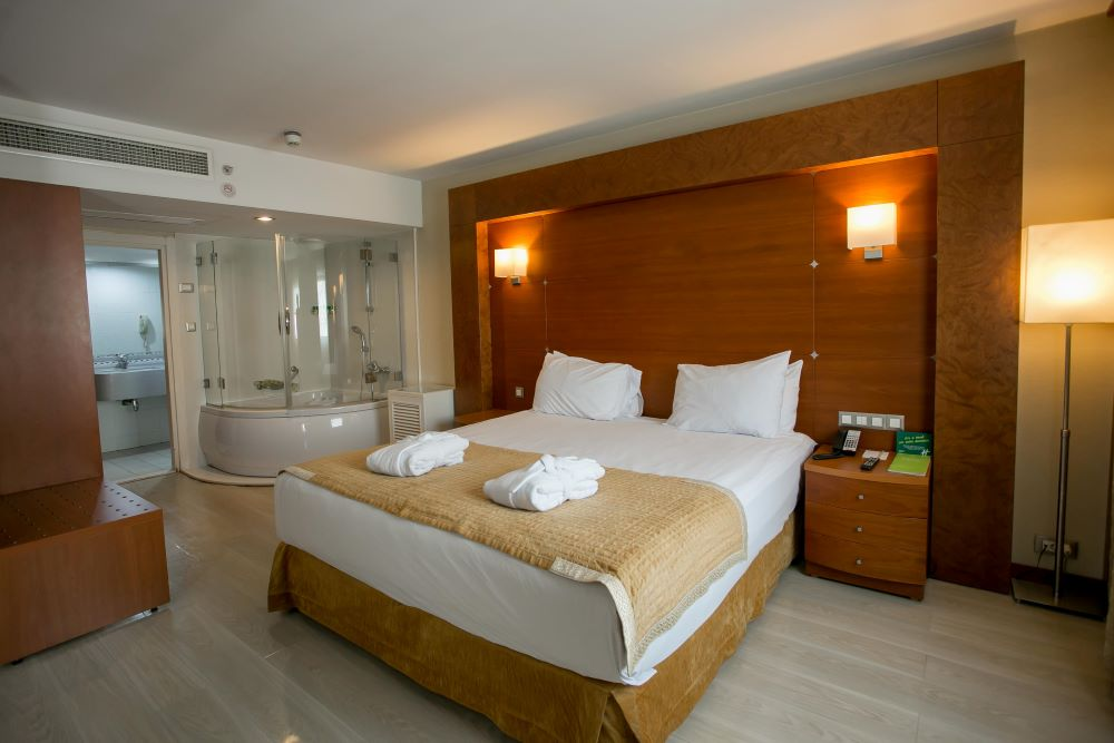 holiday inn istanbul city konaklama executive suite oda