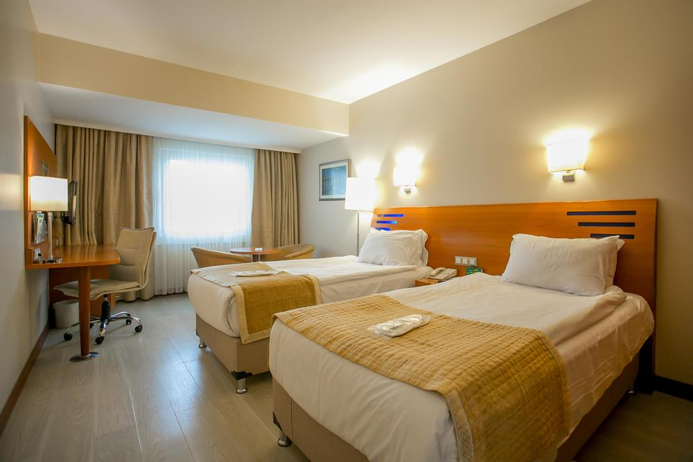 holiday inn istanbul city konaklama executive superior oda