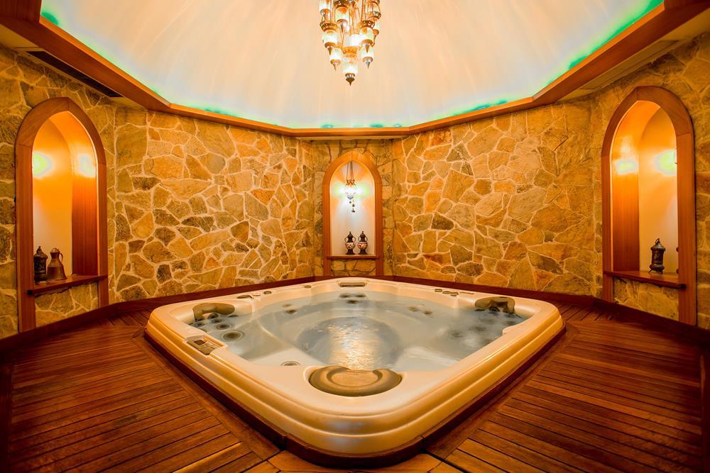 holiday inn hotel istanbul city masaj uygulamaları