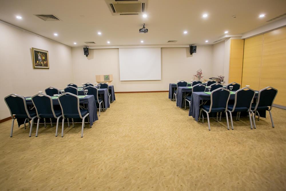 holiday inn hotel istanbul city beta toplantı salonu